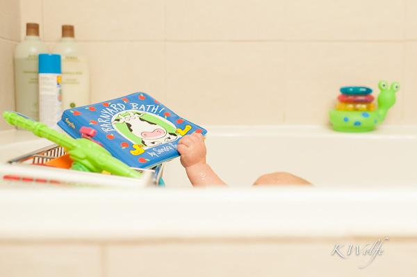 1014-Bathtime-034