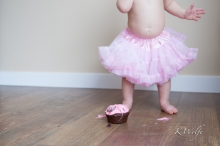 1213-Nora-CakeSmash-16