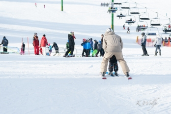 0130-Skiing-20