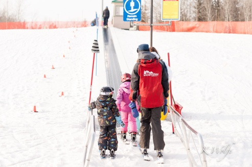 0322-skiing-3