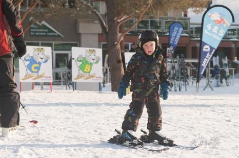 0319-skiing-044